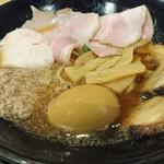 福島壱麺 - 鯖背脂絞り醤油ラーメンDX 1030円