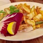 69841666 - 『ヤリイカと海老、季節のお野菜フリット盛り合わせ』
