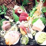 六本木 夜景魚市場 うお天 - 旬鮮魚の豪華五点御造り