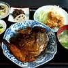 花邨 - 料理写真:日替り定食 (とり天 と カンパチのかぶと煮) \700
