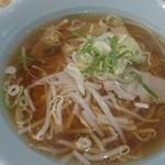 中国料理 品品香 - 醤油ラーメン 500円