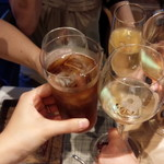 グリシーヌ - 乾杯