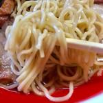 支那そば なかじま - 麺リフト【料理】