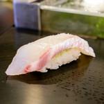 龍寿司 - 真鯛