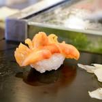龍寿司 - 赤貝
