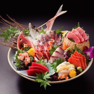 佐島港より直接買い付けの昼獲れ地魚盛り合わせ!