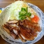 鳥忠食堂 - 固チャーシューライス(アップ)