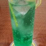 イナズマ カフェ - ペパーミントジェット27(ソーダ)594円