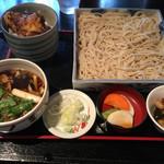 京屋 - いんちきそばと変わりごはん(1,000円)