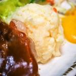 69881427 - ポークチャップ定食(ポテトサラダ)