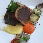 BISTRO MARX - ランチ、魚料理はイサキのポワレ。