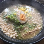 69885372 - 神戸ラーメン(豚骨醤油味)・焼豚丼(小)(¥700)