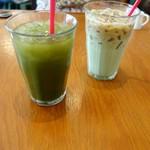 69889891 - 緑汁&ユーグレナラテ