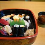 桜すし - ランチ・大盛り☆ 寿司10貫と巻物
