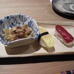 蕾洞 - 季節の小鉢と桜肉握り