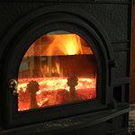 ヒロのお菓子屋さん - 見ていても暖かい暖炉