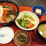 69902479 - 上海鮮丼 1,300円