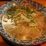 中村商店 - 金の塩ラーメン ¥800(税込み)
