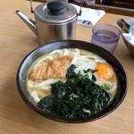 牧のうどん - たまごうどん(390円)←麺のかたさは「軟(やわ)めん」で。