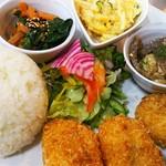 マチツナガル あかり食堂 - 料理写真: