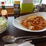 湖の見えるレストラン - 料理写真:スパゲティ・ペスカトーレ