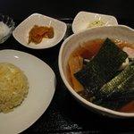 とんとり - ラーメン+半炒飯 ¥780-