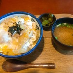 小布施パーキングエリア(上り線) スナックコーナー - 親子丼