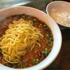 カオルーン - 料理写真:旨辛マーボー麺と半ライス