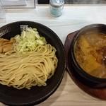 69931330 - 烈火つけ麺 2辛 880円
