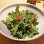 讃岐うどん あ季 - 料理写真:春菊サラダ(450円・外税)