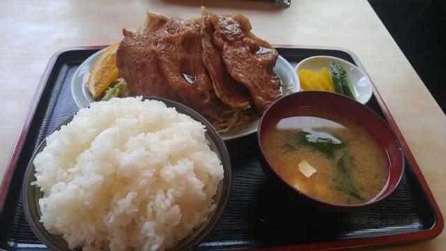 ボリューム - 南浦和/定食・食堂 [食べログ]