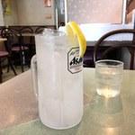 69941890 - とても冷たくて美味しいレモン風味のする飲みもの¥260( '17.07)