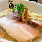 麺や ひなた - 料理写真:海老の冷やし塩らーめん