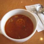 リアン サンドウィッチ カフェ - セットのスープ (ミネストローネ)
