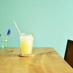 喫茶と食事 みどり - りんごジュース
