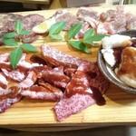 丸勢 - 料理写真:肉