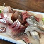 さすけ食堂 - 鯵、鰤、太刀魚