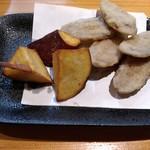 魚to畑 - 牛蒡と薩摩芋の素揚げ