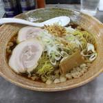 覆麺 智 - 覆麵ラーメン(醤油)(880円、斜め上から)