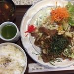 69976550 - 焼きそば定食(¥940)