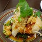 四川料理 巴蜀 - ◆よだれ鶏・・人気の品です。鶏肉は柔らかく、ピリ辛だれはかなり辛いのですが鶏肉と共に頂くといい味わいに。 美味しく頂きました。