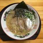 ラーメン さくら - 料理写真:鹿野豚ラーメン(中)〜(*^▽^*)