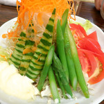たぬき - アスパラサラダ