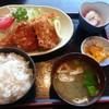 えび松 - 料理写真:ミックス定食の全貌