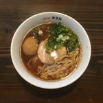 鶏そば カヲル - 鶏そば 醤油 味玉〜(*^▽^*)