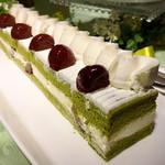 オールデイダイニング ラジョウ - 栗と抹茶のショートケーキ@抹茶ジェノワーズ。間に栗