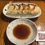 信州小麦ラーメン 亀屋  - 餃子