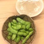 白鷹 - その都度茹でる枝豆