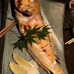 69999587 - 本日の鮮魚一本焼き