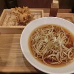中村麺兵衛 - 海老かき揚げ天そば590円
